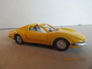 646N Vintage NOREV Plástico 186 Francia Ferrari 246 GTS Amarillo 1:43