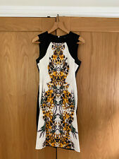 KAREN MILLEN - FLORAL PATTERN STRETCH SATIN STYLE PARTY DRESS / SIZE 14
