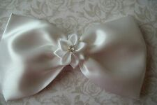 BIG WHITE HANDMADE SATIN BOW HAIR CLIP RIBBON FLOWER 50s VINTAGE STYLE GLAMOUR
