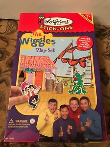 2003 University Games Corp. The Wiggles Play Set Colorforms Stick-Ons