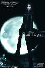 Underworld - Blue Eyes Selene w/White Coat - MINT IN BOX