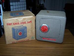 Fort Knox Safe Coin Still Bank IN box FK-1000 Superior Toy & MFG Co 1950's
