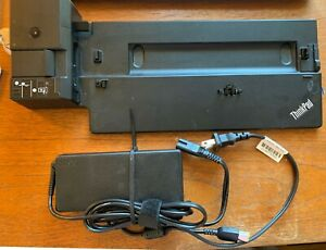 Lenovo ThinkPad Stocking Station 40AJ with 135W Charger, Cables & Keys * Used *