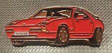 Porsche Pin 928 rot lackiert 38x15mm