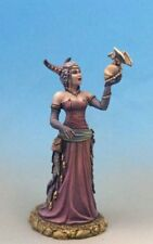 DARK SWORD MINIATURES - DSM7639 Female Necromancer
