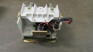SQUARE D CLASS 8110 AC VACUUM CONTACTOR V2540E A2U1X11 5000V 2 POLE 120V SER B
