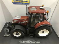 Universal hobbies 1/32 New Holland T7.225 Edition Terracotta Diecast Model
