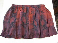Women's COUNTRY ROAD Size 12 AU Silk Mini Skirt Red / Black As New Ladies Snake