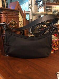 Coach D3k-6671 Black Nylon And Leather Small Shoulder Bag Purse Excellent