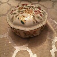 Art Nouveau Zsolnay Hungary Porcelain Dresser Box Octagon Floral Beautiful