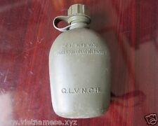 Vietnam War_ ARVN_US ARMY_Q.L.V.N.C.H_Plastic  water canteen  date 1974