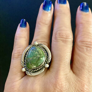 LARGE Vintage NATIVE AMERICAN Turquoise STERLING SILVER Ring