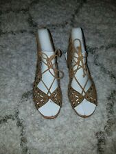 Brand New Jessica Simpson Lalaine Brown Suede Sandals size 6.