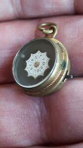 kleiner Anhänger Miniatur Roulette Spiel gold Metall Medaillon antik Schmuck TOP