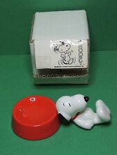 Peanuts Snoopy with dog bowl Ceramic salt & pepper figure - Tropico diffusion