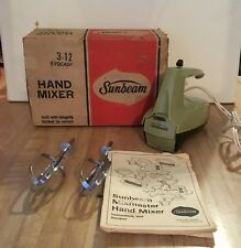 Vintage Sunbeam 1975 Avocado Green Hand Mixer Mixmaster in Box #3-21