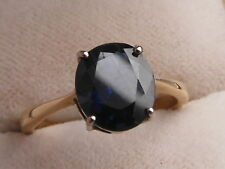 Q134 Ladies 18ct gold approx 2 carats solitaire Sir Lankan Sapphire ring size L