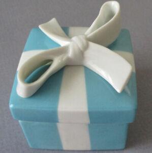 "Vintage Blue TIFFANY & Co Porcelain Jewelry Trinket BOX w White BOW ~ 2"""