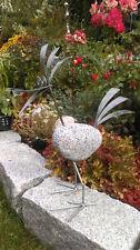 Vogel aus Granitstein und Edelstahl Kantenhocker