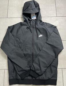 Nike Sportswear Windrunner Windbreaker Size Small Hooded Jacket AT5270-010 $100