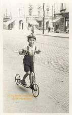 Vintage, Bübchen, ganz stolz mit dem neuen Roller, Foto:um 1920 -1930, DIN A 4,