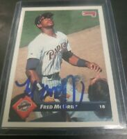 1993 Donruss Baseball #390 Fred McGriff Autographed Padres