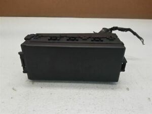 2005-2007 FORD FIVE HUNDRED ENGINE FUSE BOX RELAY OEM 184462