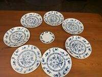 "6 BLUE ONION DINNER PLATE LOT & bonus saucer 9 3/4"" VINTAGE OLD DINNERWARE"