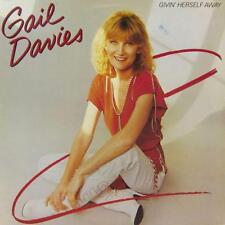 Gail Davies(Vinyl LP)Givin' Herself Away-Warner Brothers-K 56 981-Germany-Ex-/NM
