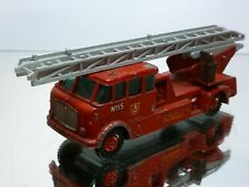MATCHBOX #15 MERRYWEATHER FIRE ENGINE - RED 1:43 - GOOD CONDITION