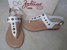 NEW ZODIAC USA Salem White Thong Flats Sandals Womens 8 $49.99