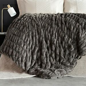 Grey K by Kelly Hoppen Ruched Faux Fur Throw - 150 x 178cm - new