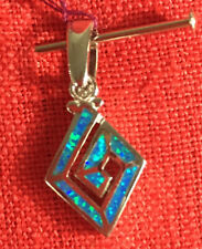New Silver and Turquoise Diamond Shape Pendant 925