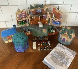 Lot of 4 Mattel Harry Potter Hogwarts Castle Playsets plus Figures