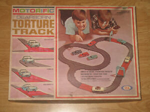Ideal Motorific Dearborn Torture Track Set with Car