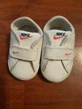 Baby Girls Nike Ist Trainers Size 1.5