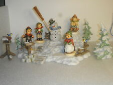 Goebel Hummel Winter Hummel Hill Landscape w/5 Figures & 3 Accessories Mint