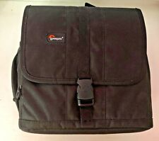 LOWEPRO Adventura 170 Medium Shoulder Camera Bag New with Tags