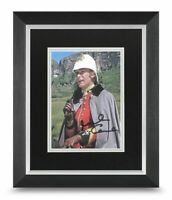 Sir Michael Caine Signed 10x8 Framed Photo Display Zulu Autograph Memorabilia