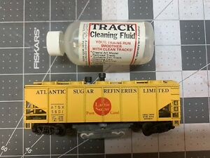 ho scale track cleaning car With Fluid