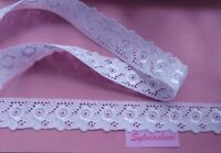 2 metres  of  Beautiful  White   Guipure Lace  35 mm Wide