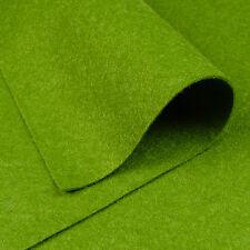 Woolfelt Moss Green ~ 22cm x 90cm / wool blend felt fabric quilting leaf holly