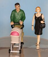 Bachmann Scenecraft 22-173,  Spur G / Maßstab 1:22,5, Mann und Frau mit Kinderwa