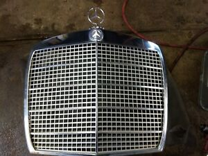 MERCEDES FRONT GRILL ASSEMBLY FOR 108, 109 CHASSIS