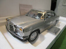 Mercedes-benz Strich 8 280c Coupe 1/18 Sunstar 4585 Voiture Miniature Collection