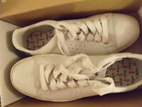 AIGLE chaussures  tennis shoes Blanc white cuir leather T 38.5 UK 5 1/2  VINTAGE