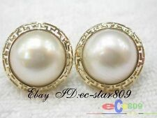 p23 Amazing @@20mm white Southsea Mabe Pearl Earring 14K