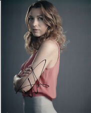 P83NZ NATALIE ZEA SIGNED JUSTIFIED SIGNED 10X8 PHOTO GUARANTEED AUTHENTIC
