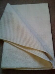 VINTAGE QUILTED WHOLE CLOTH ALL COTTON WHITE SUMMER QUILT-64X84-NICE
