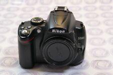 Nikon D5000 Digitalkamera - 12 Monate Gewährleistung